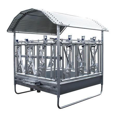 Viereckraufe mit Sicherheits-Selbstfangfressgitter 2 x 2 m - 12 Fressplätze